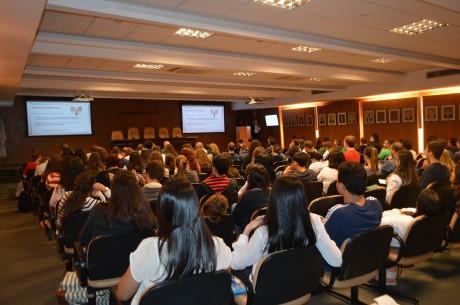 Auditório do CRM MG recebeu alunos para aula sobre sepse
