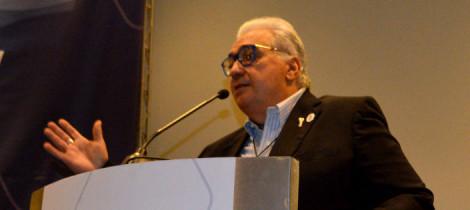 Presidente da Somiti é o único brasileiro a participar de publicação internacional