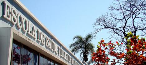 Escola de Saúde Pública abre processos seletivos para professores e coordenadores