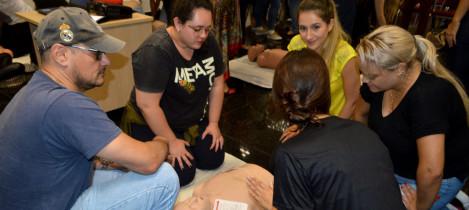 Evento reúne voluntários para palestra e treinamento